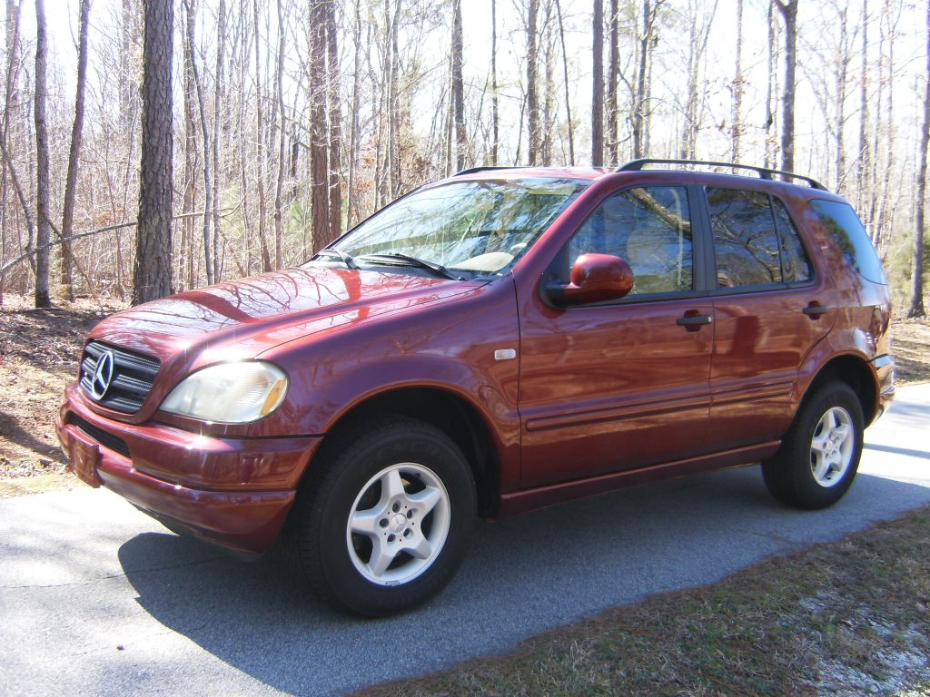 2001 mercedes ml320 gallery for Mercedes benz suv 2001